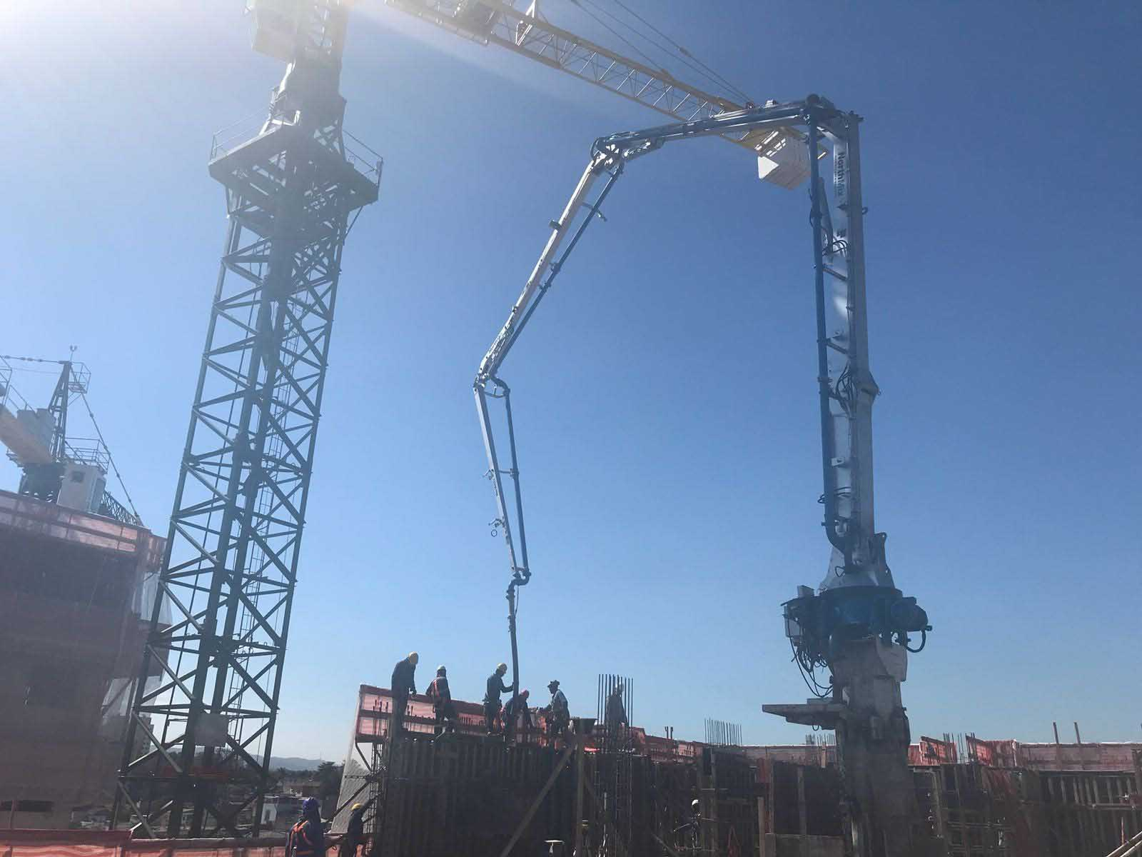 Mastro de distribuição de concreto alugar