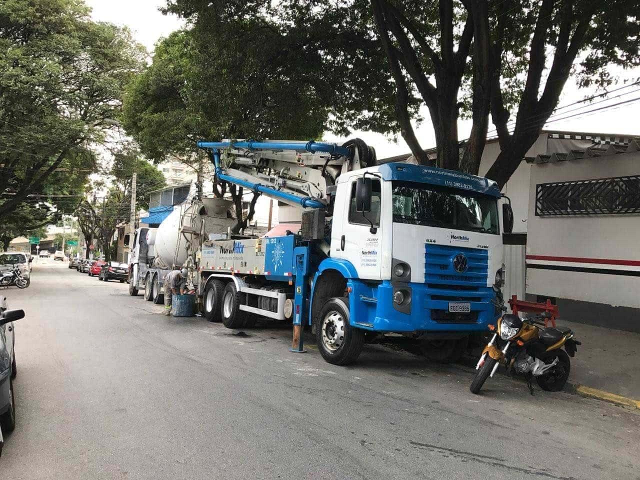 Serviço de lançamento de concreto